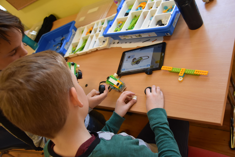 Zavod Simetris coding workshop